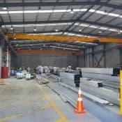 Gantry crane with sway control